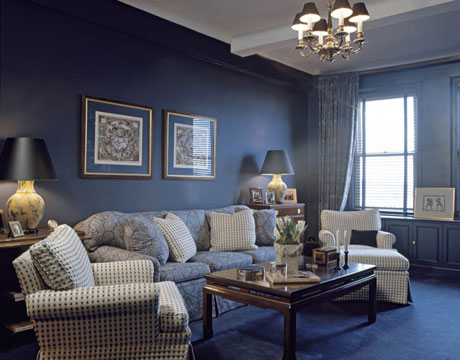 Best colors for small rooms designer tips advice for Navy blue family room