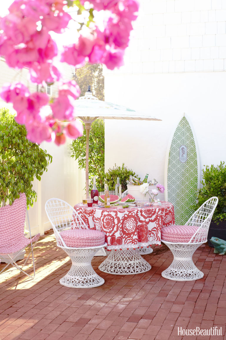 Decorating Outdoor Spaces small patio ideas - decorating small outdoor spaces