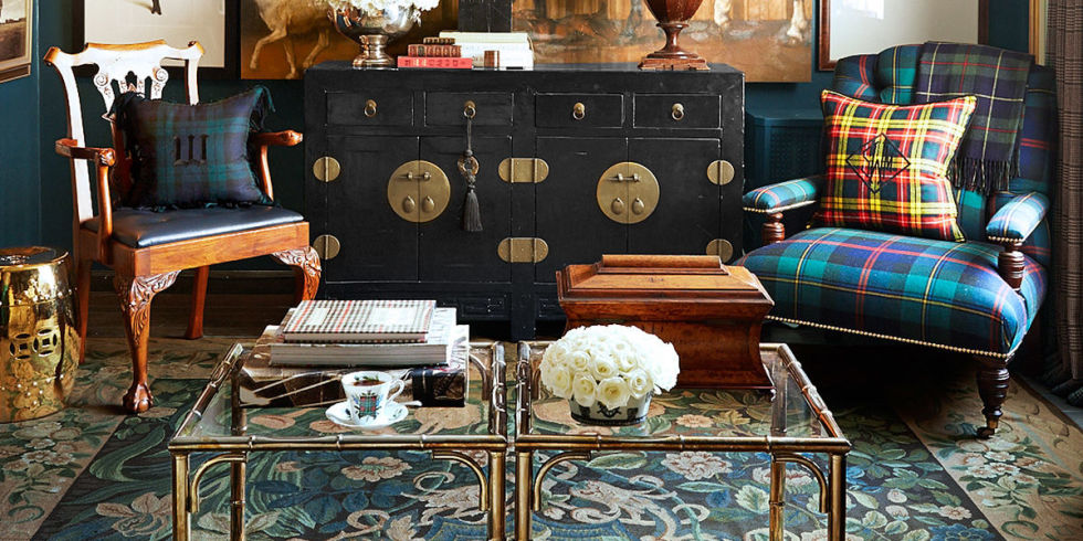 every week were asking designer scot meacham wood formerly of ralph lauren and now owner of his eponymous design firm a question from our readers - How To Decorate A Coffee Table