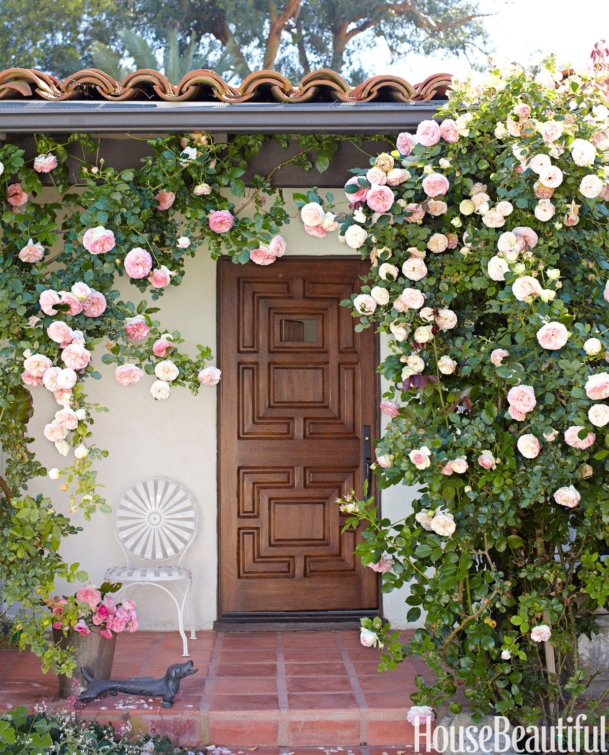 Small los angeles bungalow chris barrett house for Beach house designs florist