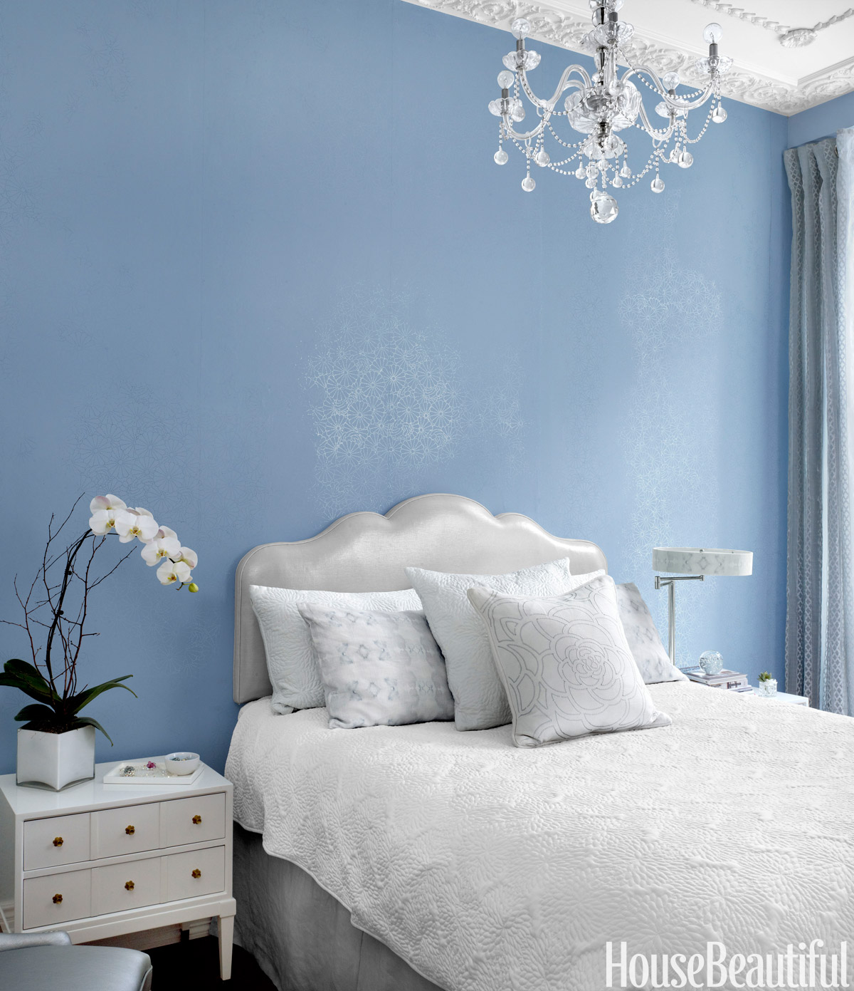 10 Small Bedroom Decorating Ideas Design Tips For Tiny