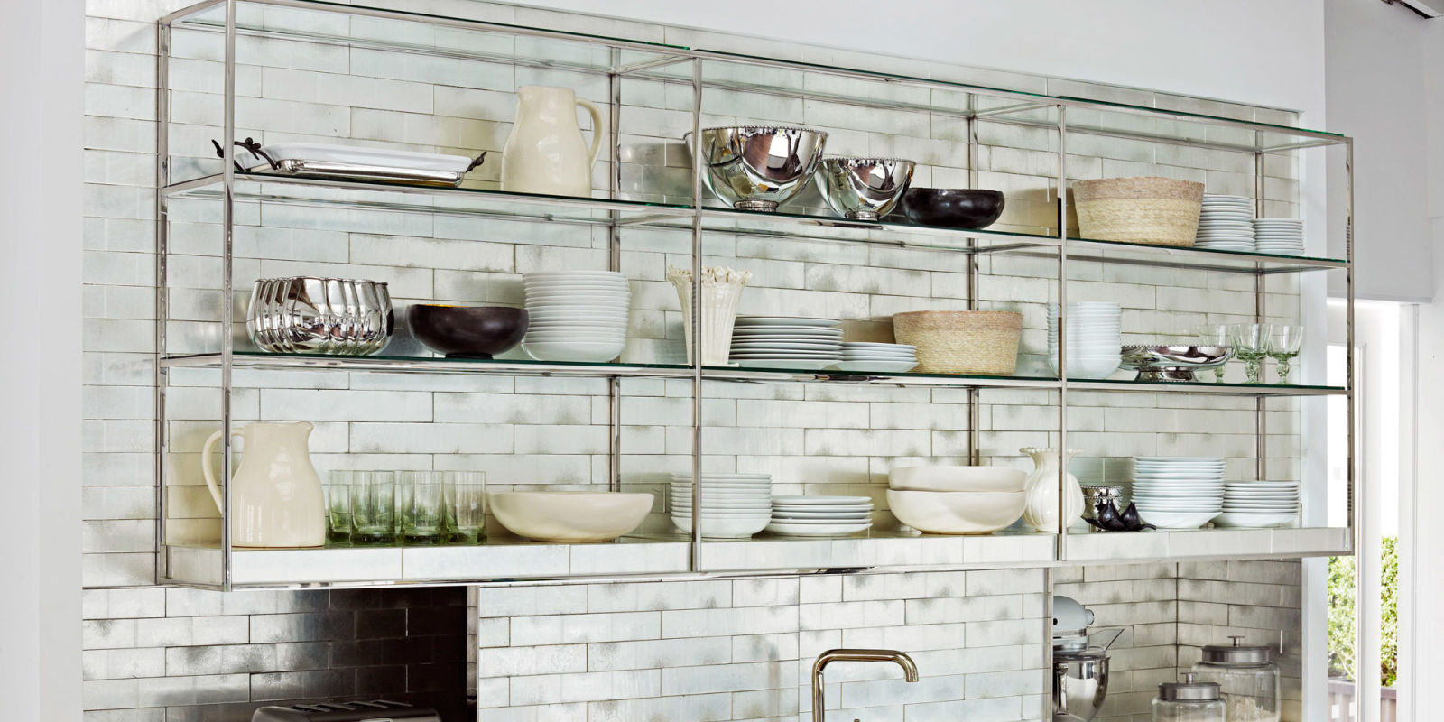 The Pros And Cons Of Open Shelving In The Kitchen: The Pros And Cons Of Open Shelving