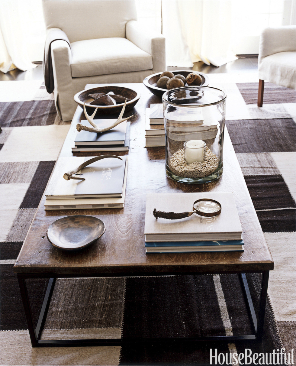 Wooden coffee table decor - Wooden Coffee Table Decor