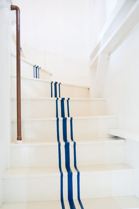 http://hbu.h-cdn.co/assets/15/16/480x722/nautical-stairs.jpg