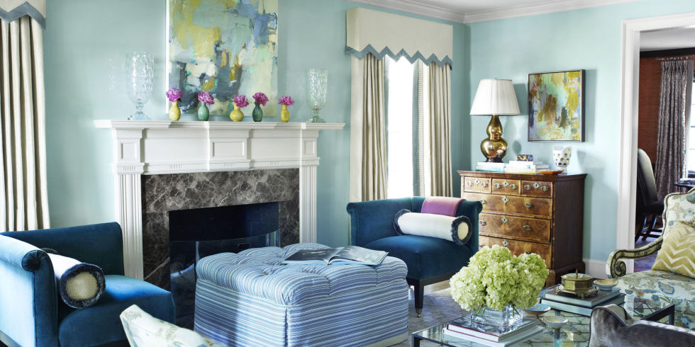 The Celestial Airiness Of Walls Lacquered In Benjamin Moore S Antiguan Sky Is Grounded By A Pair