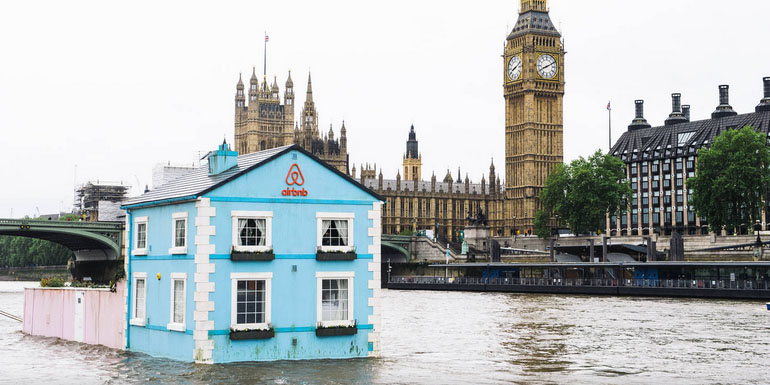 Floating Home Airbnb Floats A Cottage Down London 39 S