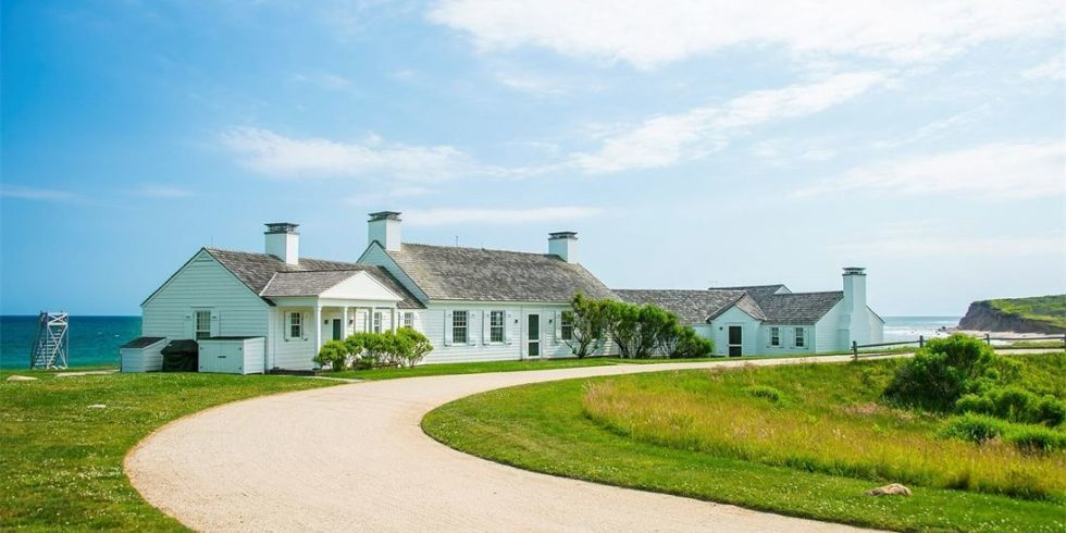Andy Warhol S Montauk Estate Celebrity Real Estate