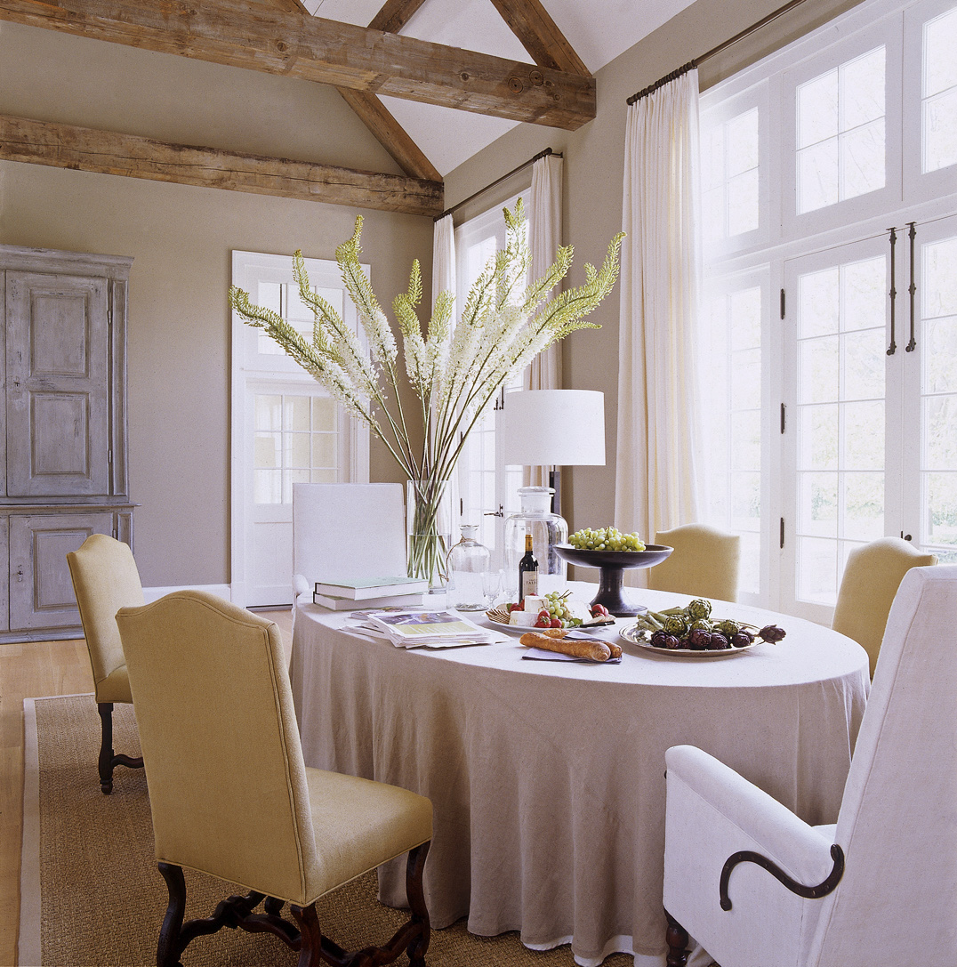 Inside Peek Kate S Dining Room Kitchen: Ina Garten Hamptons Barn