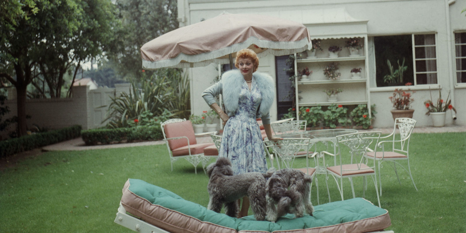 Life At Home With Lucille Ball Vintage Photos Of Lucille