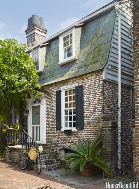 Built around 1740, the house is located on one of Charleston's quaint alleyways.