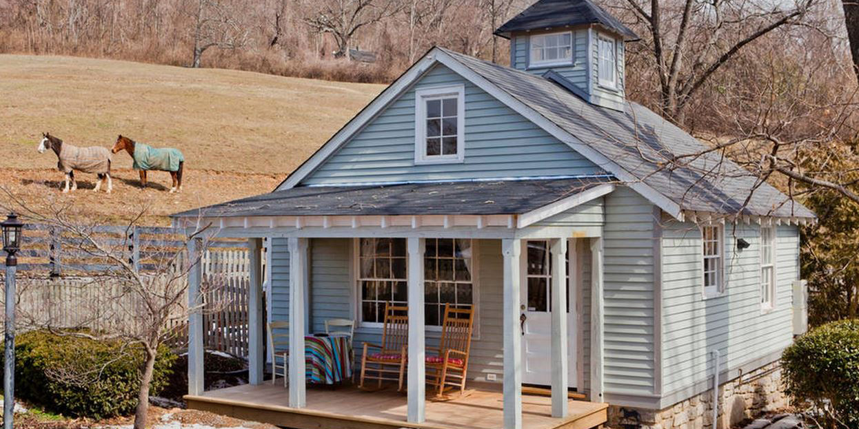 Tiny nashville airbnb this petite cottage is an ideal for Airbnb nashville