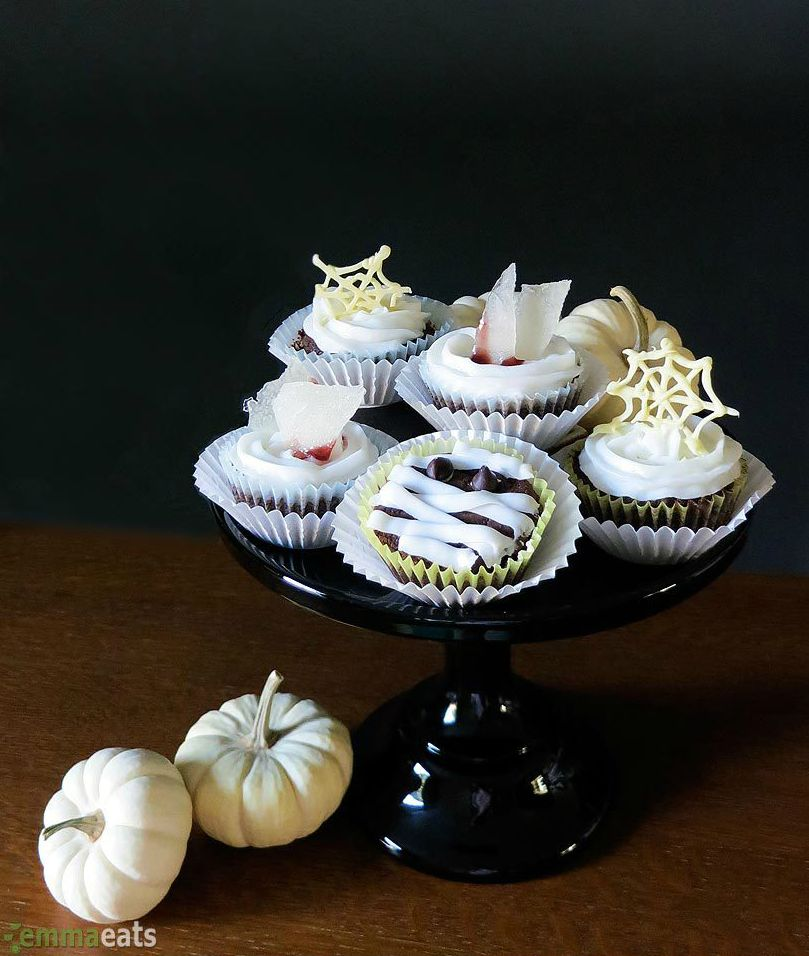 24 cute halloween cupcakes decorating ideas and recipes for halloween cupcakes - Halloween Decorated Cupcakes