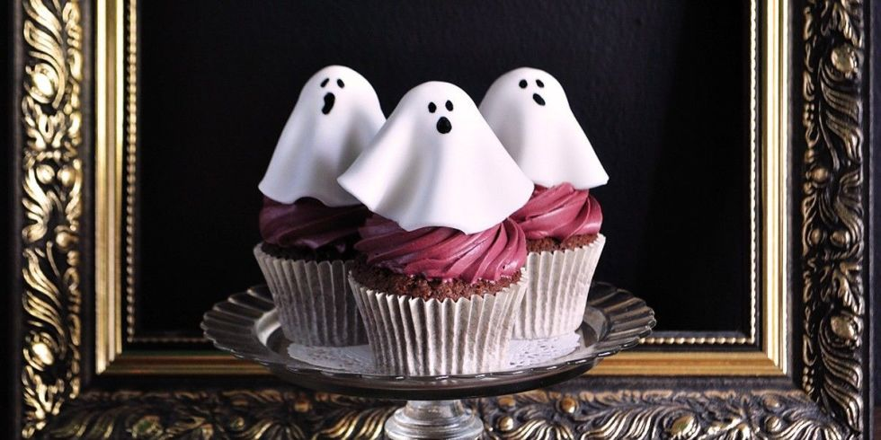 These adorable ghouls are so easy to make, even those who only dare to decorate