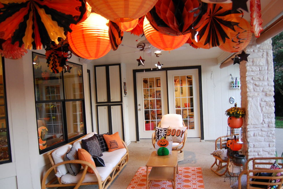 30+ Scary DIY Halloween Decorations   Cool Homemade Ideas For Halloween  Decorating