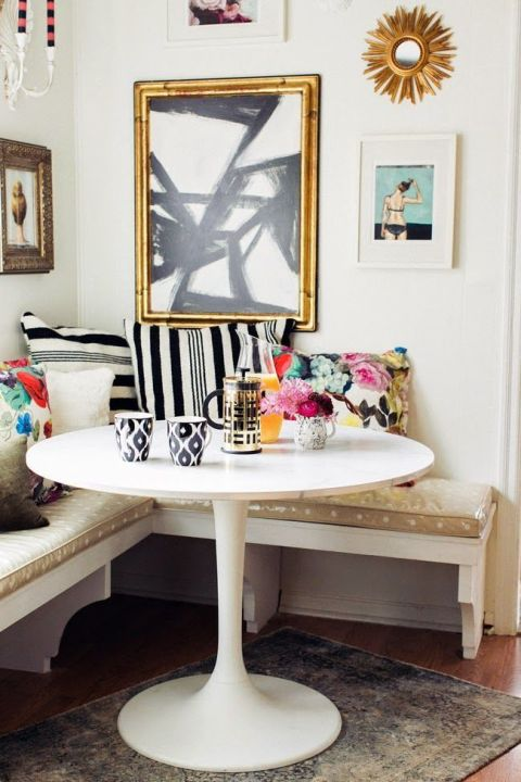 Pair A Round Table With A Banquette Part 95