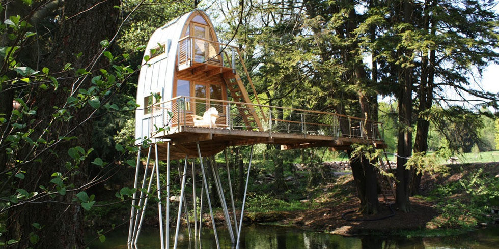 Architecture firm designs adult tree houses the best for Best treehouse designs