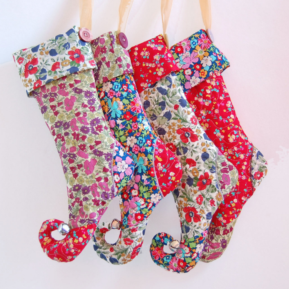 25 unique christmas stockings best cute diy ideas for holiday stockings - Christmas Stocking Design Ideas