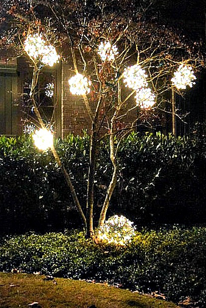 25 Best Outdoor Christmas Decorations   Christmas Yard Decorating Ideas    25 Best Outdoor Christmas Decorations