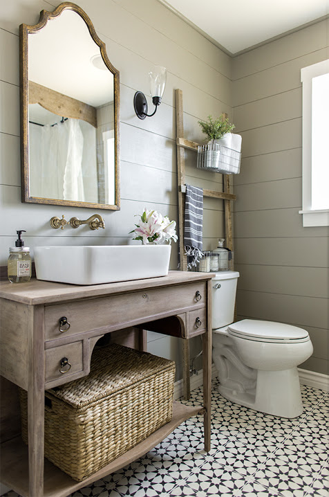 Cheap and Simple Ways to Make Your Small Bathroom Look Luxurious