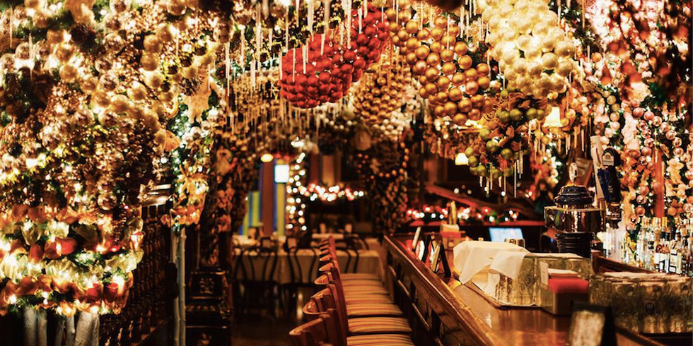 Rolf s german restaurant christmas decorations new york