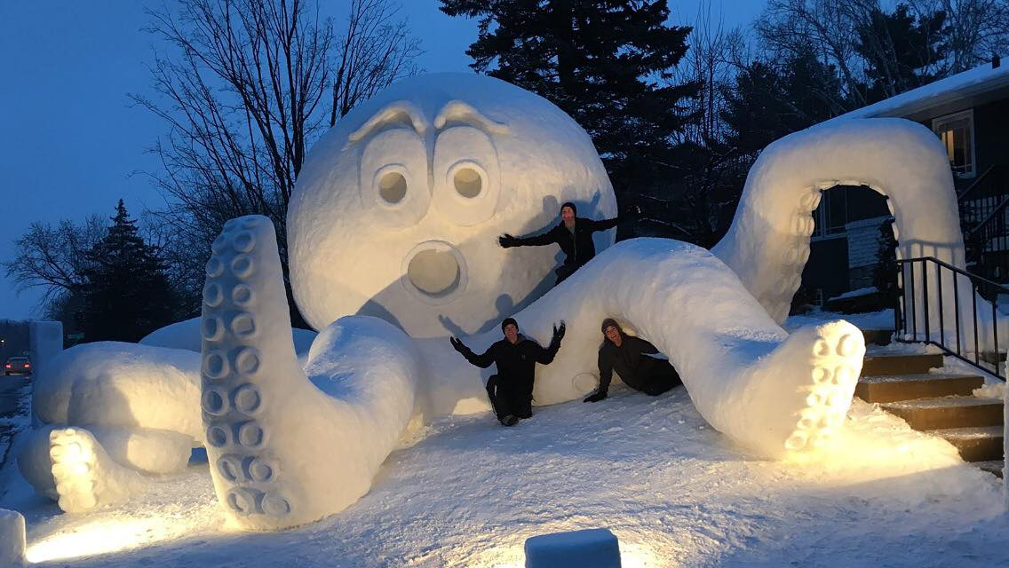 Bartz Brothers Snow Sculpture 2016 Giant Octopus Made Of Snow