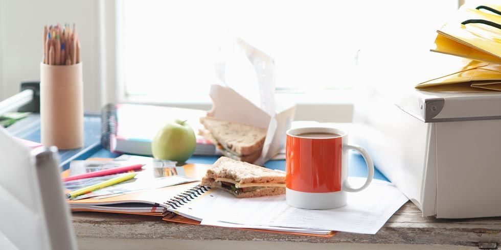 the clutter on the desk Chapter 11 pretest study play _____ is a psychoanalytic method for exploring the unconscious with this method she keeps no clutter on her desk, she awakens very early to keep up with her schoolwork, and her car is spotless.