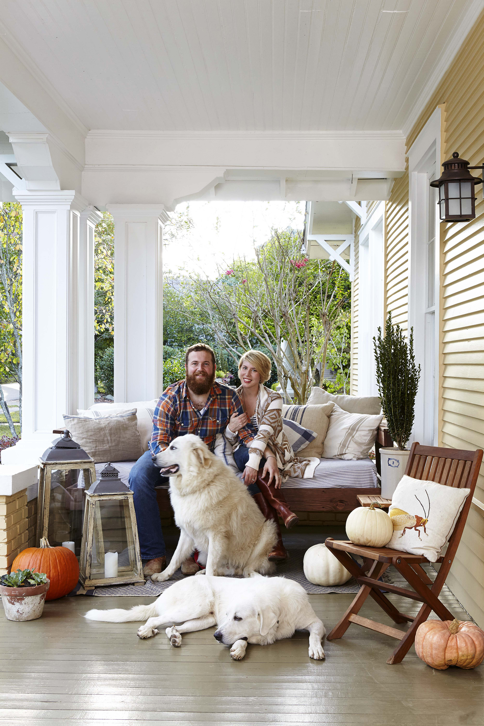 Erin And Ben Napier Hosts Of Hgtv Home Town