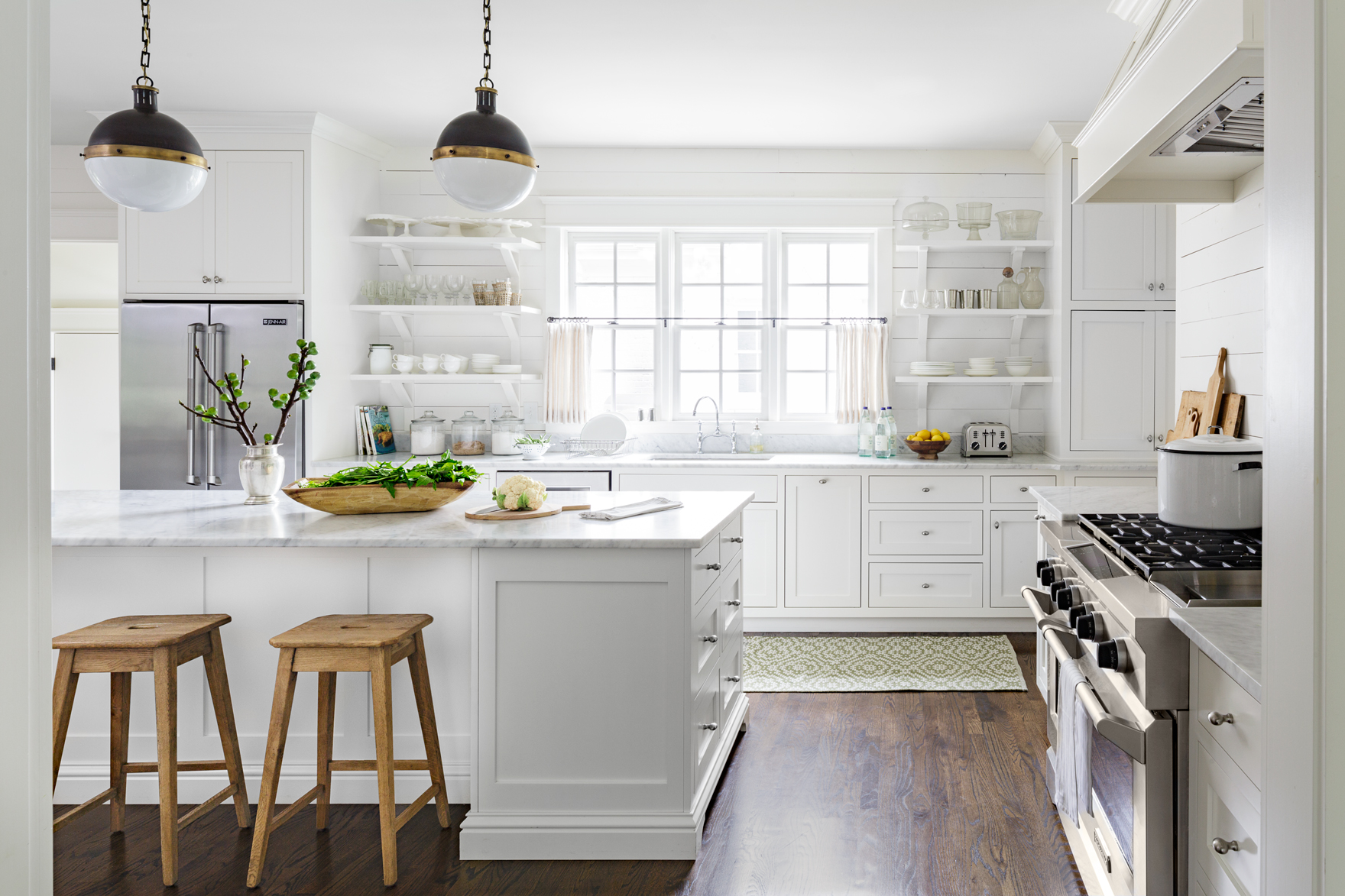 The best and worst colors to paint your kitchen paint for Best colors to paint your kitchen