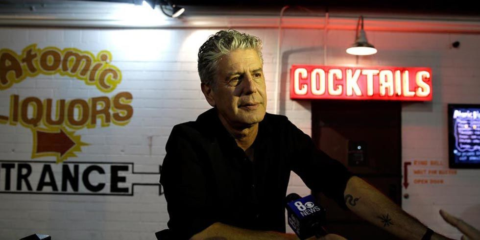 anthony bourdain knife set advice kitchen tips from anthony bourdain. Black Bedroom Furniture Sets. Home Design Ideas