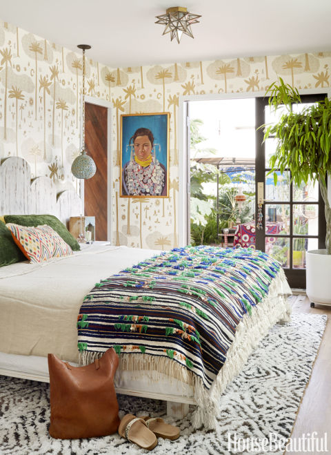 in the master bedroom blakeney designed the curvy headboard with built in nightstands - How Decorate A Small Bedroom