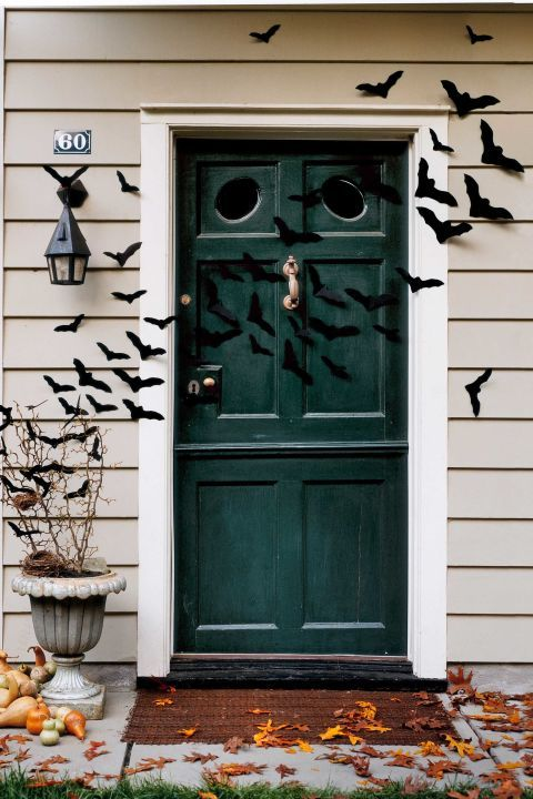 bat door decorations - Halloween Door Decorating Ideas