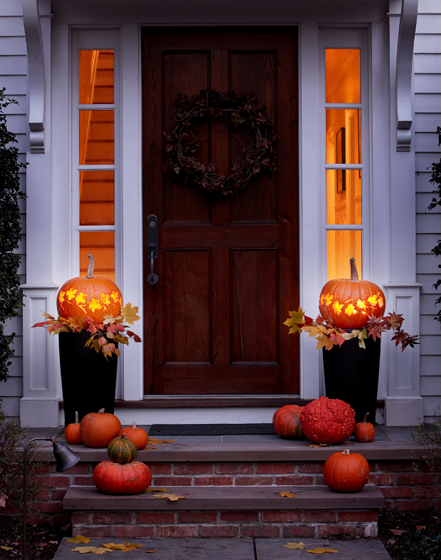 25 outdoor halloween decorations porch decorating ideas for halloween - Halloween Decorating Ideas For Outside
