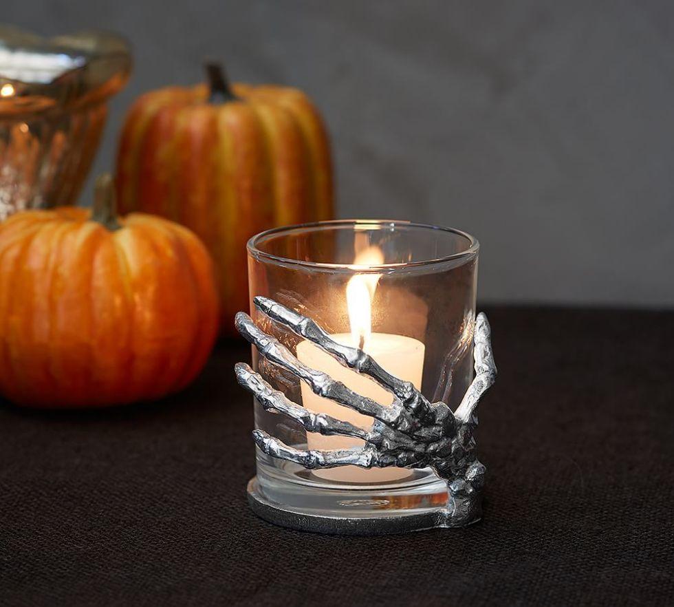 20 elegant halloween home decor ideas   how to decorate for halloween
