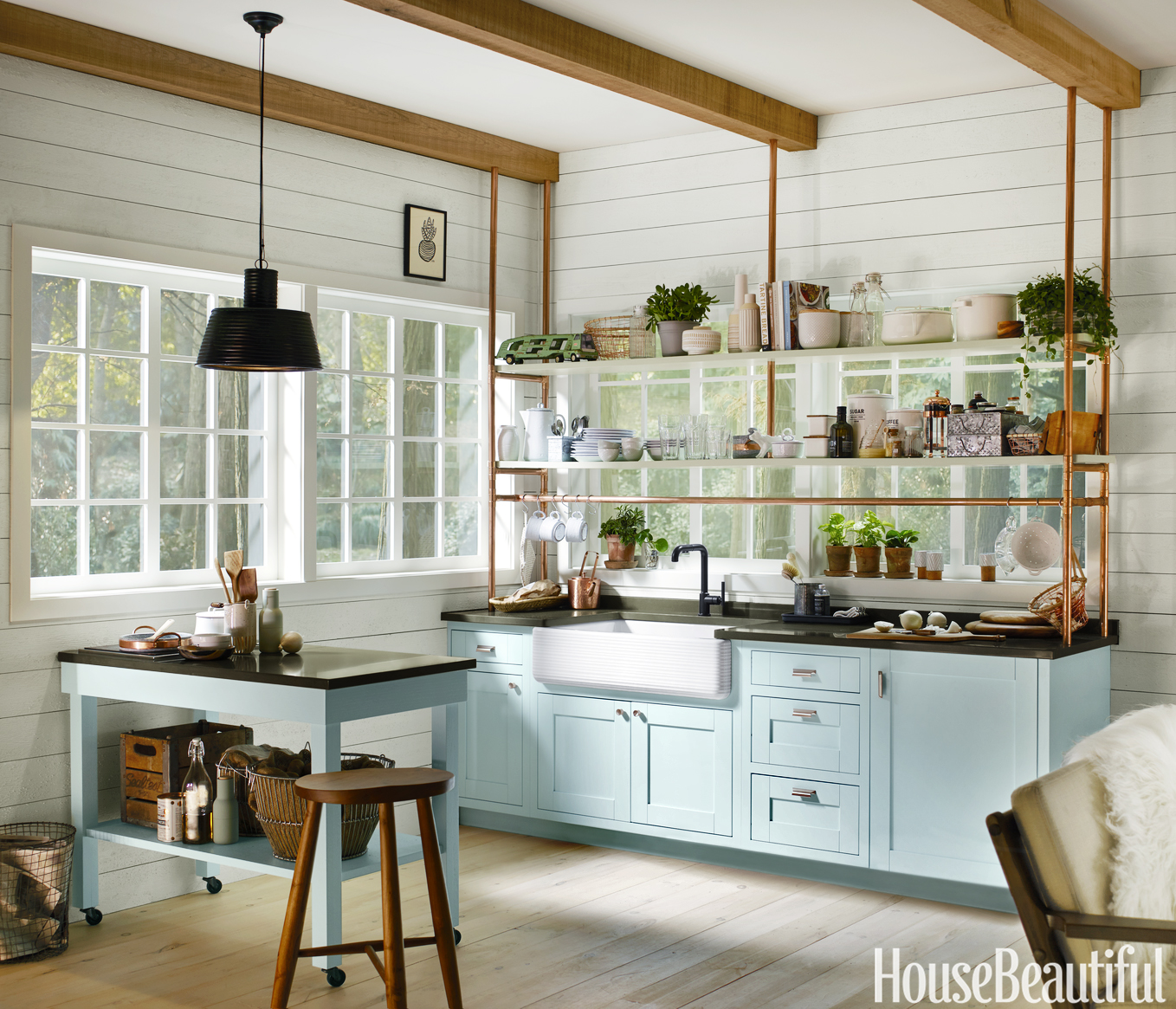 Tiny kitchen designed by kim lewis for Kitchen ideas house beautiful