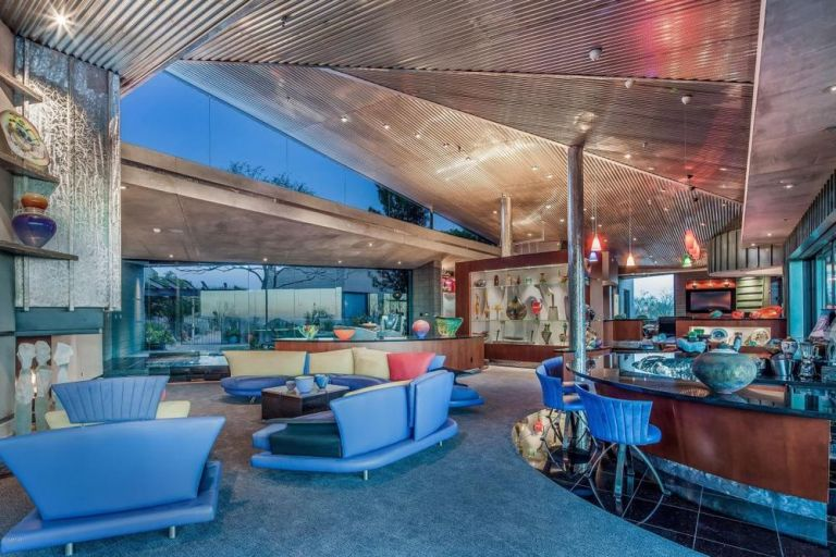 """The Jetsons the jetsons"""" home in arizona for sale - modern real estate"""
