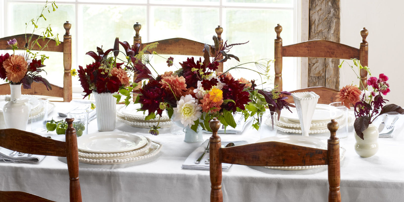 Tablescapes table decorating ideas - elegant table decor and settings