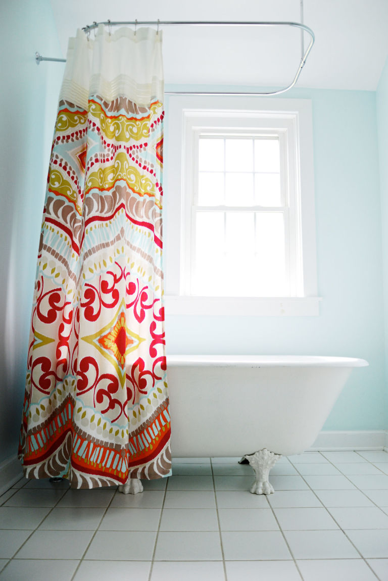 Dont You Dare Ditch Your Bathtub For A WalkIn Shower Benefits - Shower curtain for walk in tub