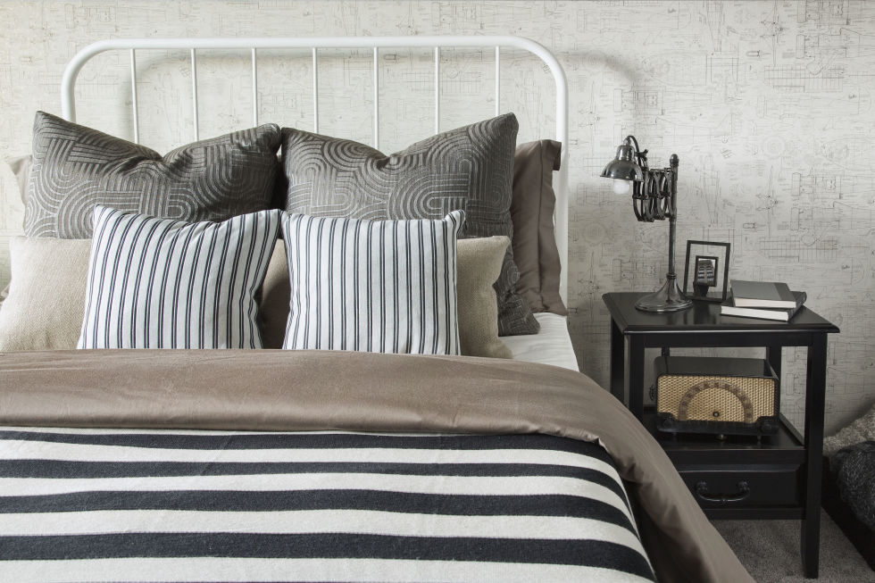 bedroom Feng Shui: The 2017 trend for your Bedroom gallery 1484160812 gettyimages 558273249