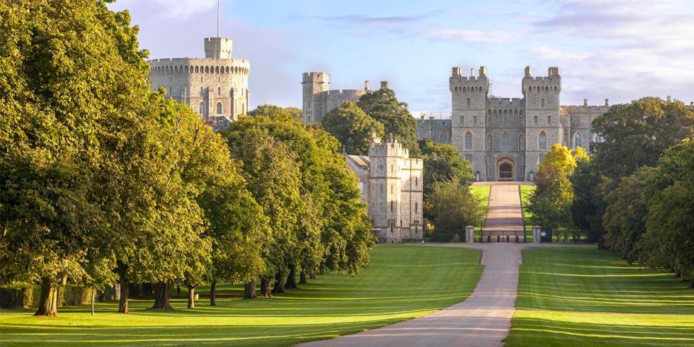 Queen Elizabeth 39 S Past Homes Residences Of Queen