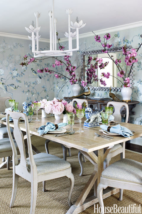 De Gournayu0027s Hand Painted Chinoiserie Tea Paper On The Walls Gives The Dining  Room Its Part 29