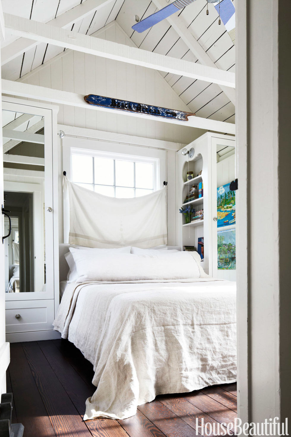 . 20 Small Design is important   How to Decorate a Small Bedroom
