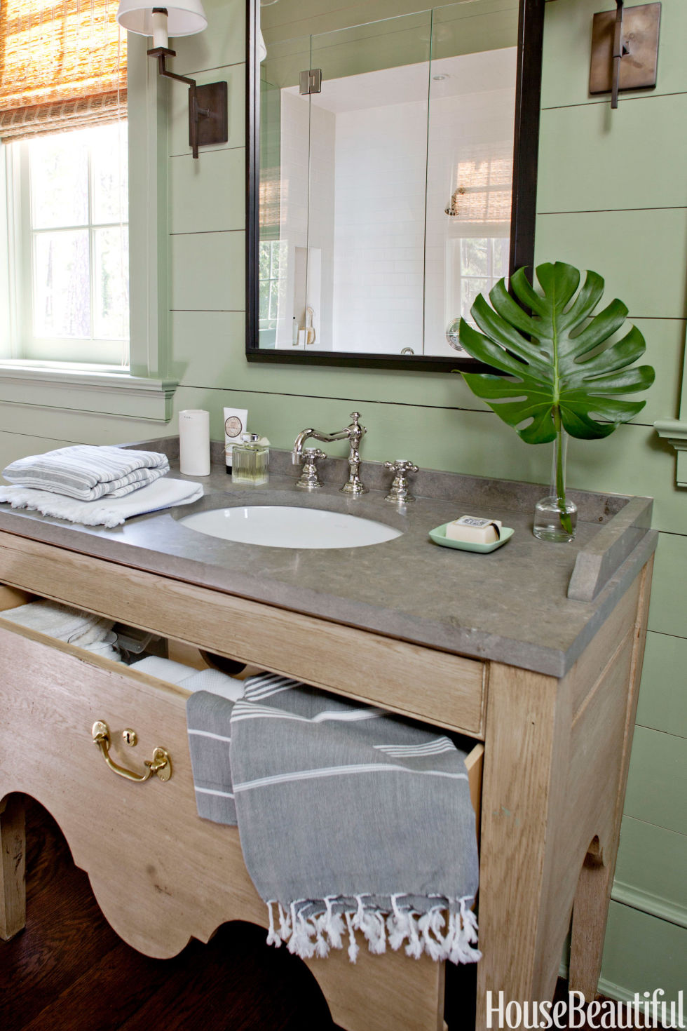 Bathroom Decorating Ideas In Green 25 small bathroom design ideas - small bathroom solutions