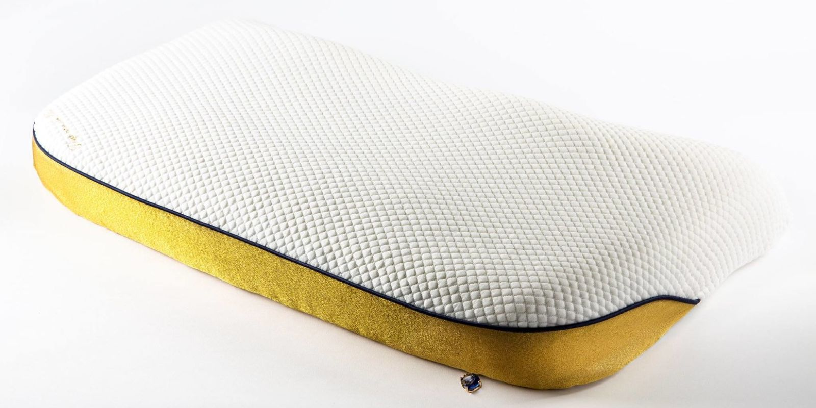 World 39 S Most Expensive Pillow Tailormade Pillow Gold