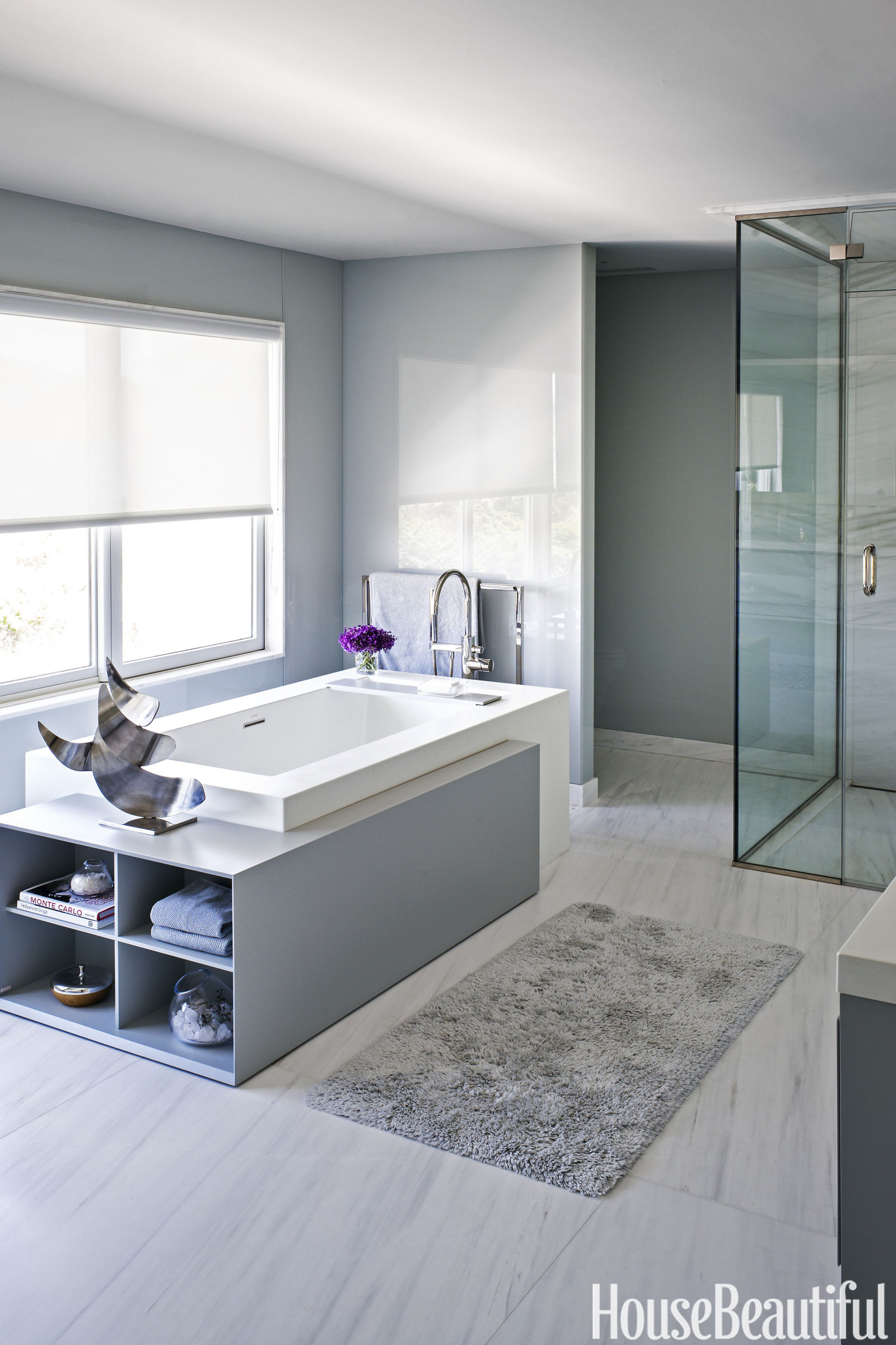 14 Best Gray Bathroom Ideas - Chic Gray Bathroom Design ...