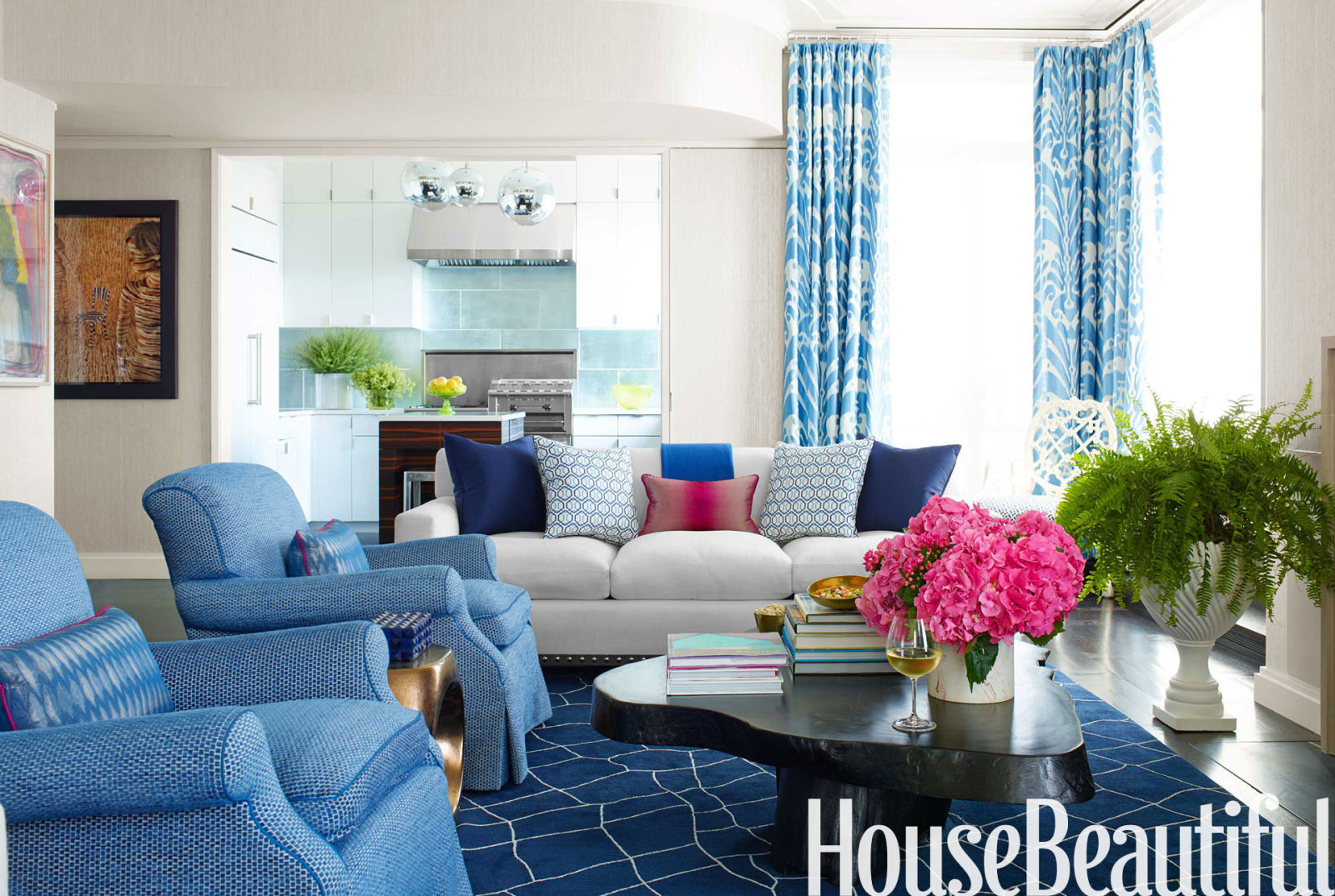 Amanda Nisbet blue manhattan apartment - decorating with blue