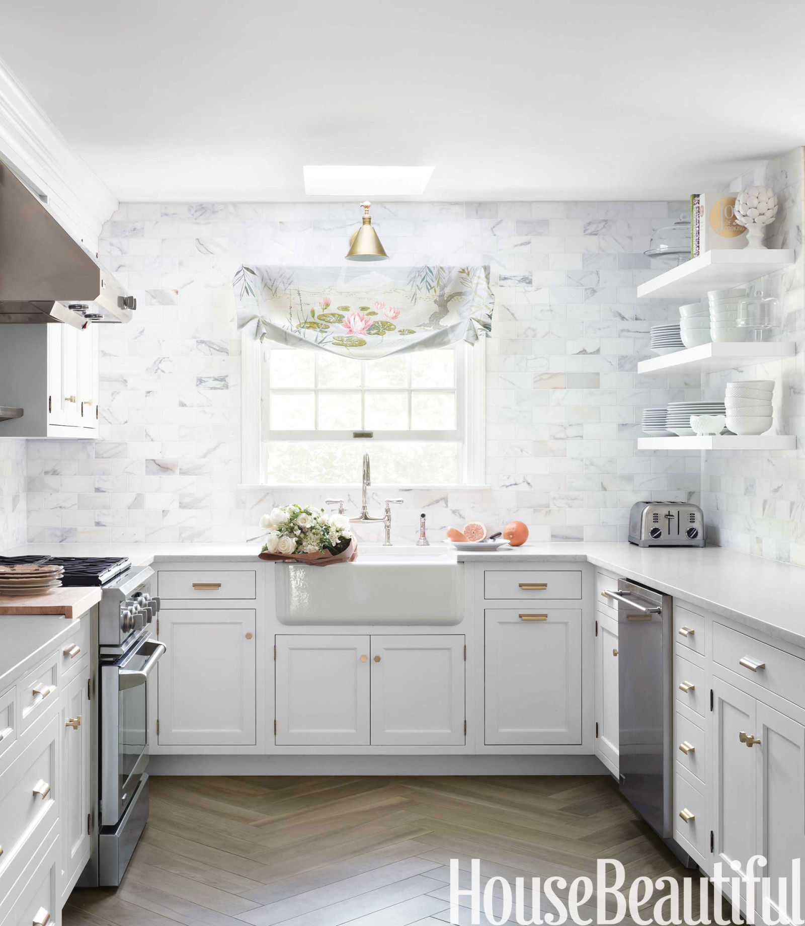 Classic White Kitchen Classic White Kitchen  White Kitchen Decorating Ideas