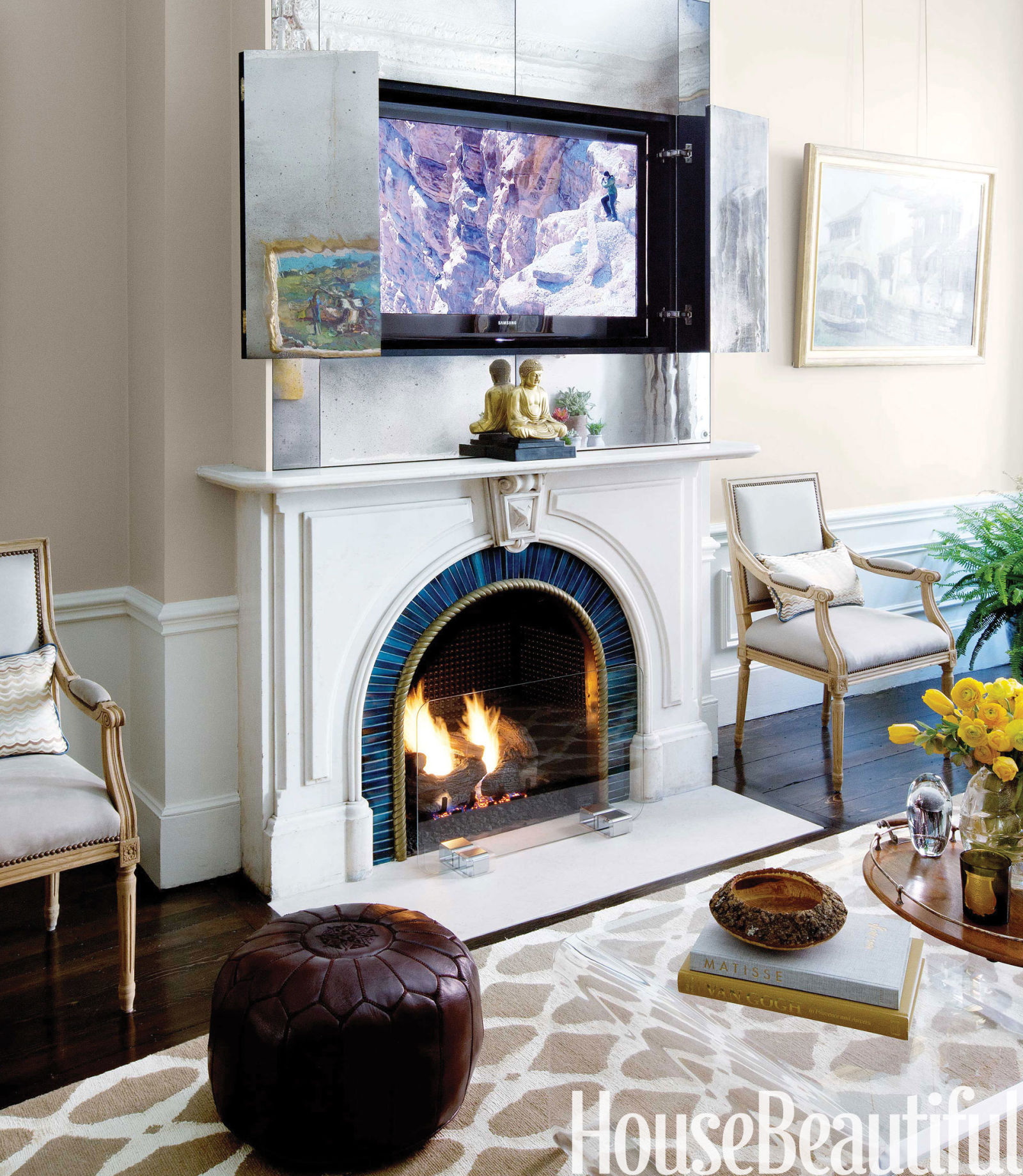 Living Room With Fireplace And Sliding Doors: Brownstone Decorating Ideas