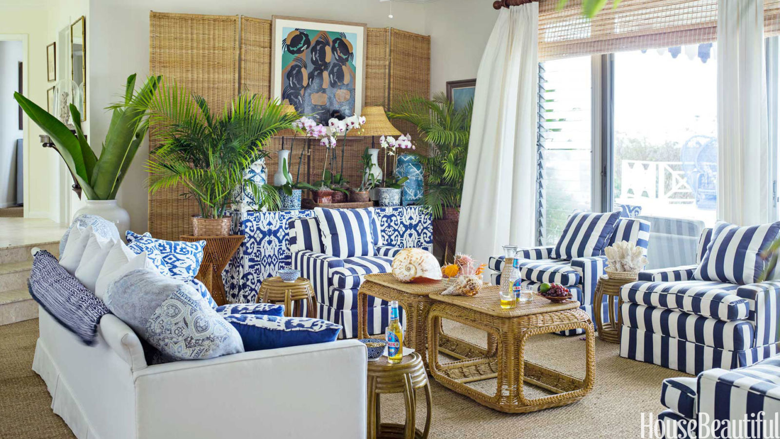 Bahama decorating style bahama decor for Island living interiors