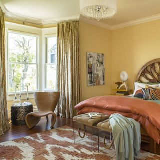 10 Things You Absolutely Need In The Bedroom  How many can you check off  the list. Small Room Design   Decorating Ideas for Tiny Rooms