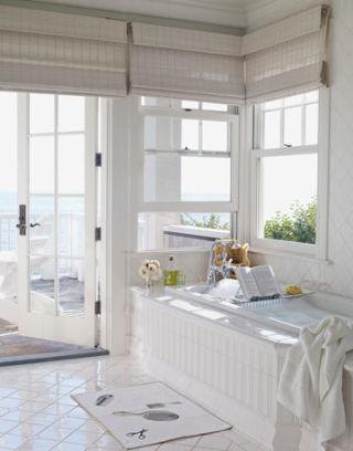 Carolyn Espley-Miller white beach house in california - decorating a beach house with white